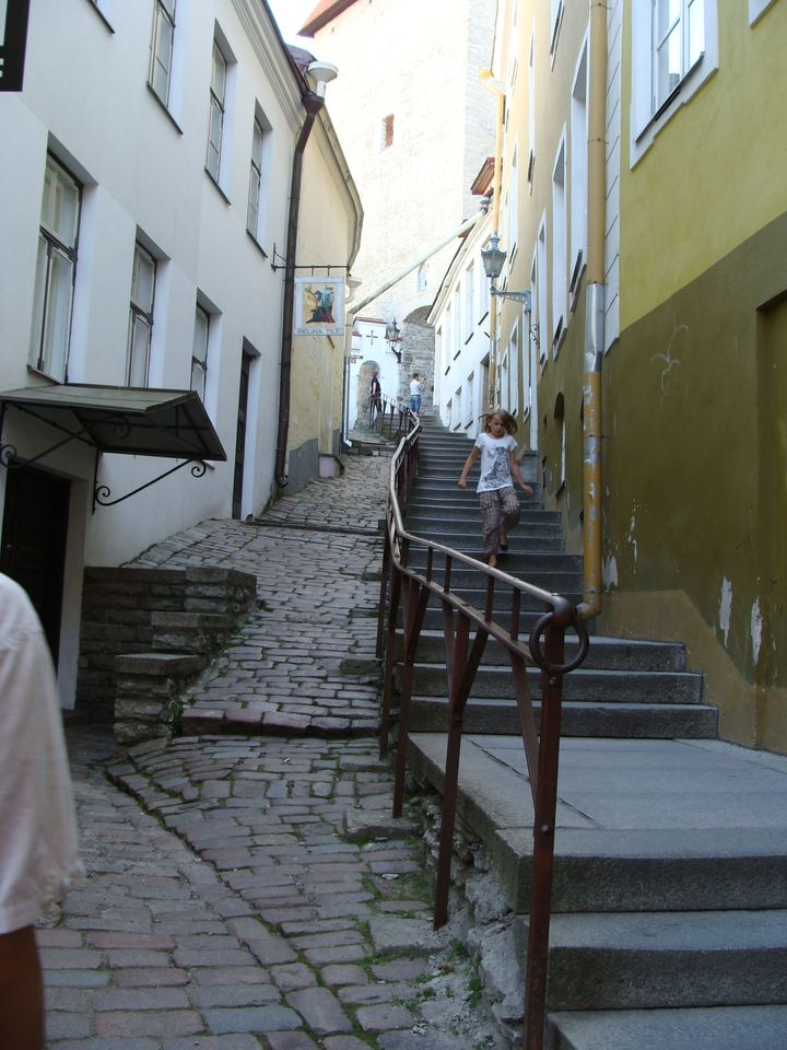 [PH] in the old town, Tallinn, Estonia, 20090717