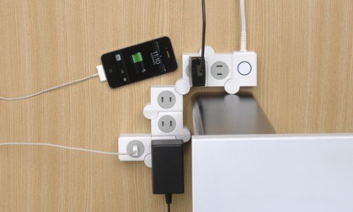 電源タップにこんな発想があったとは。