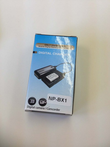SONY Xバッテリー USB充電器